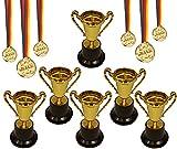 KSS 6 X Gold Pokal groß ca 12 cm und 6 X Medaille Gold mit schwarz rot gold Band für Kindergeburtstag Party Mitgebsel Mitbringsel Verlosung Tombola kleine Preise usw...