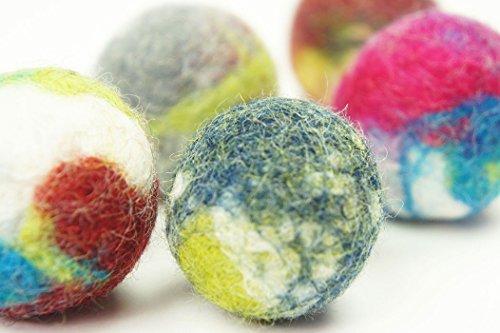 kivikis Katzenspielzeug. Schafwolle Ball. Handmade. Gefilzt. Natürliche und ökologische Wolle. Hergestellt 5 Stück. (5 Pieces)