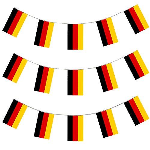DEUTSCHLAND EURO FUSSBALL LÄNDERFLAGGEN =GASTLÄNDER WIMPEL = = VON ILOVEFANCYDRESS®=DIE GIRLANDE IST 10 METER LANG UND JEDE EINZELNE FLAGGE HAT DIE MAßE VON 20X30cm =SUPER FLAGGEN FÜR JEDE ART DER DEKORATION ODER SPORT +FAN/PARTY DEKORATION = ALLE FLAGGENKETTEN SIND AUS PLASTIK = SUPER FÜR AUSSEN DEKORATION UND SIND AUF ANFRAGE AUCH IN GRÖßEREN MENGEN ERHALTBAR==DEUTSCHLAND