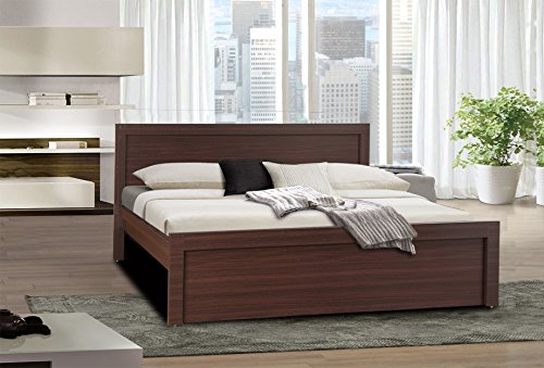 HomeTown Dazzle King Size Bed (Walnut)