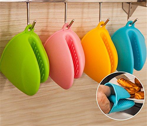 BrilliantDay 4pcs guanti Guanti da forno in silicone Accessori per Utensili da Cucina Resistente(Colori casuali)