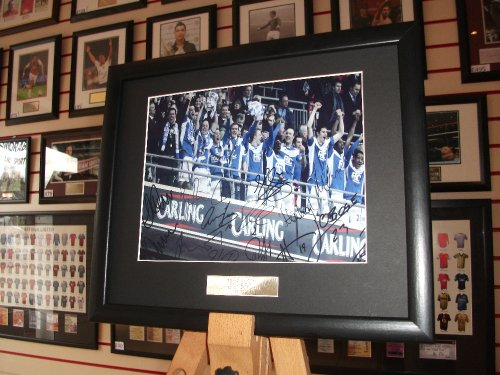birmingham-city-carling-cup-winners-2011-team-signed-autograph