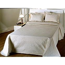 COLCHA FINA BEIGE fácil lavado. mod. Duda. (sin cojines) Varias medidas.180x270 (cama de 90cm)