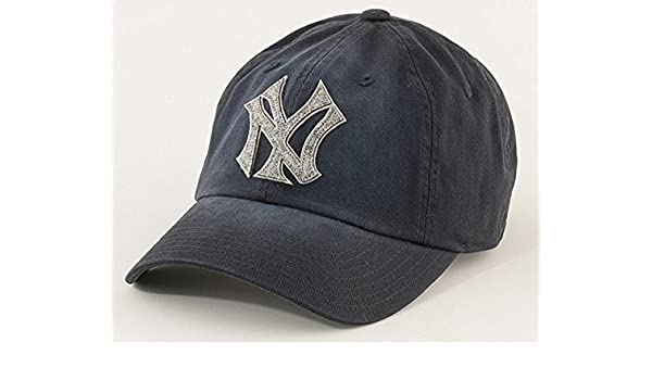 405d02188a New York Yankees MLB American Needle Luther Washed Cotton Twill With Felt  Logo Adjustable Cap Navy  Amazon.co.uk  Sports   Outdoors