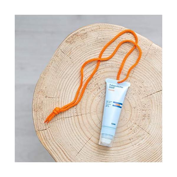 Fotoprotector ISDIN Combi – Fotoprotección 2 en 1: Protector solar para cara, cuerpo y labios, 20 ml