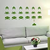 IDEAVINILO Vinilo Decorativo de Space Invaders -Marcianitos. Color Verde. Medidas: 100x65cm