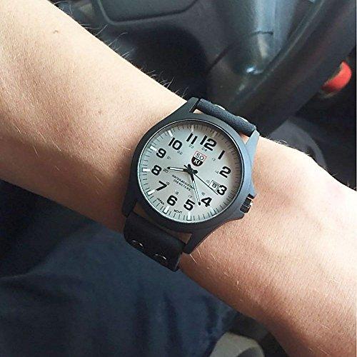MMRM Klassischer SOKI Sport der Männer im Freien Uhrband-Imitation Leder Band Quarz Armbanduhr-Schwarz
