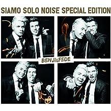 Siamo Solo Noise - Box Limited Edition [CD Deluxe + 4 sticker/fotografie + booklet - Edizione numerata e autografata] (Esclusiva Amazon.it)