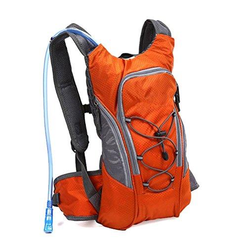 odowalker Hydration Pack Leichte Taktische Rucksack mit 2L Trinkblase für Wandern, Radfahren, Radfahren, Laufen, Wandern und Klettern Orange Backpack+Bladder