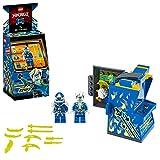 LEGO Ninjago Pod Sala Giochi, con 2 Minifigure Digi Arma di Controllo Principale e Avatar Jay con Chitarra Set di Costruzioni per Bambini +7 Anni, 71715