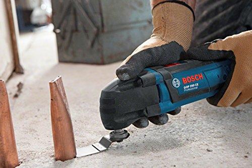 Bosch GOP 250 CE Professional Multi-Cutter im Karton mit Zubehör (Sägeblätter, Schleifplatte und -blatt, Schlüssel) -