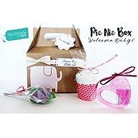 Pic-Nic Box per Bebé con: Calzini in forma di fiore, Massaggiagengive refrigerante e Cupcake di pannolini   PERSONALIZZAZIONI DISPONIBILI: Colori, Nome, Biglietto, Packaging Deluxe