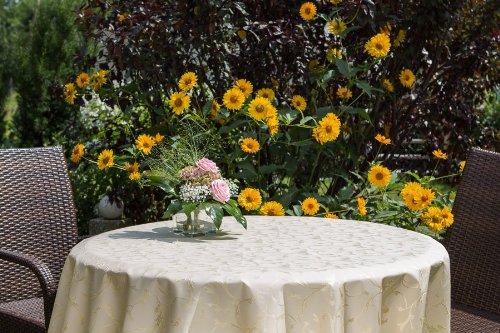 ODERTEX Garten-Tischdecke mit ACRYL Muster, Form und Größe sowie Farbe wählbar beige-crem London