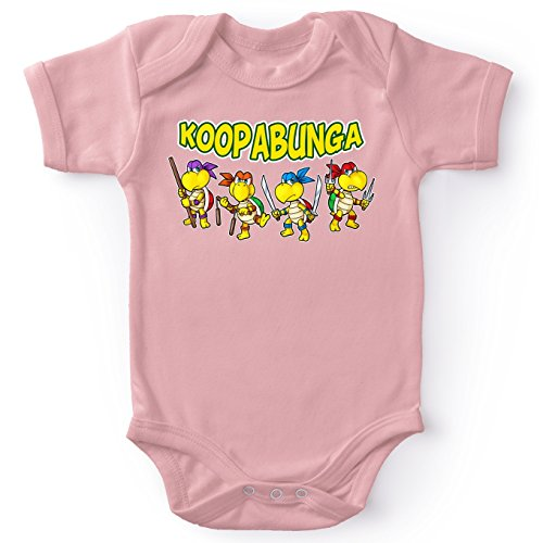Okiwoki Body bébé (Filles) Rose Tortues Ninja - Mario Bros parodique Donatello, Leonardo, Raphael, Michelangelo et Koopa Troopa : Koopabunga !! (Parodie Tortues Ninja - Mario Bros)