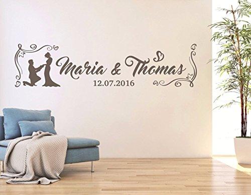 tjapalo® W-pkm77 Wandtattoo Hochzeit mit Namen für Paare Wandsticker mit zwei Namen und Datum (B130xH39(Weis oder Farbe nach Kauf senden))