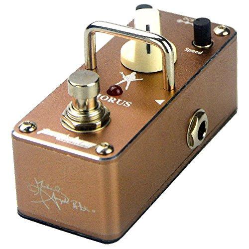 pedale-deffet-chorus-par-michael-angelo-batio-signature-pedale-de-aroma-music-brand-tomsline-enginee