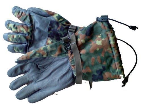 BW Winter Handschuhe, flecktarn, Nässeschutz, Gr. 10 mit Fingern
