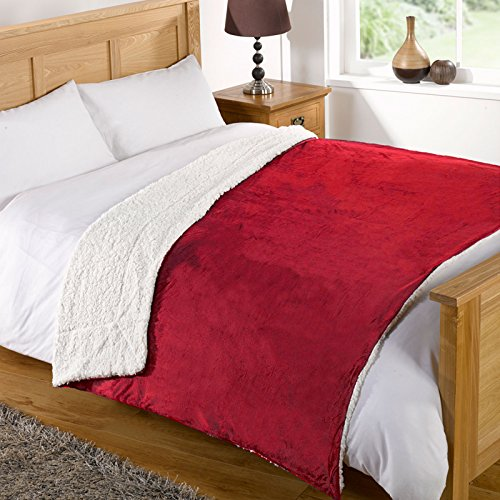 just-contempo-sherpa-throw-red-200x240-cm