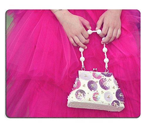 Luxlady Gaming Mousepad ID: 42358300 mani di una bimba di una borsetta rosa