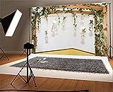 YongFoto 2,2x1,5m Foto Hintergrund Garten String Glasvase Frische Blumen Grün Blätter Rebe Holz Pergola Weiße Wand Fotografie Hintergrund Fotoshooting Portrait Party Kinder Hochzeit Fotostudio