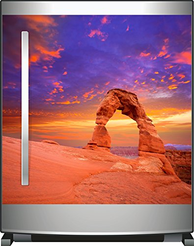 Wallario Kühlschrank-Aufkleber / Geschirrspüler-Aufkleber, selbstklebende Folie für Küchenschränke - 60 x 60 cm, Motiv: Steinbogen in Arizona - Farbenfroher Himmel in lila-rot