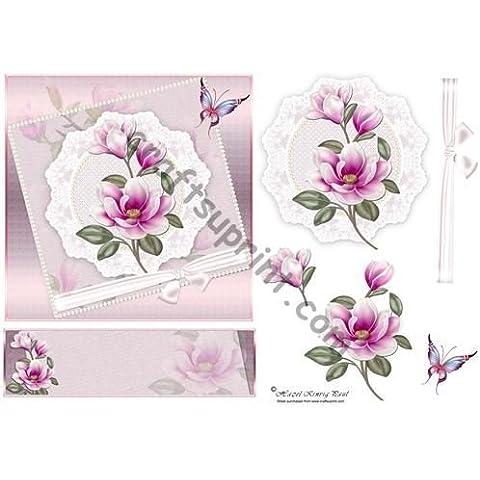 Magnolia, encaje y perlas por avellana Kinvig-Paul