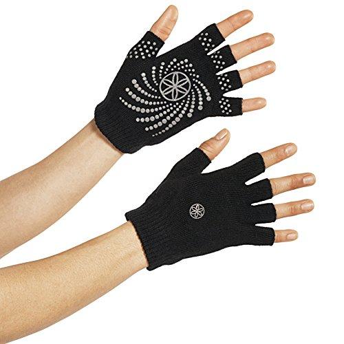 gaiam-yoga-handschuhe-grippy-yoga-gloves-black-grey-54029