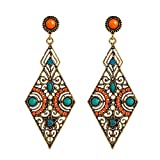 lureme Vendimia Antique Oro Hollow Diamante Forma naranja and Verde Beads Stud Aretes(02005171)