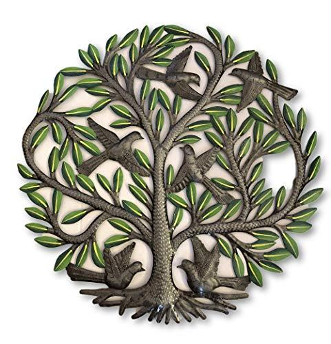 Baum mit Vögeln und grünen Blättern, Baum des Lebens, dekorative Familie, Wohnzimmer-Ideen, handgefertigt in Haiti, 58,4 cm (Wand-dekor-metal-familie)
