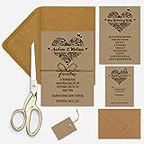 Invitación de boda del paquete diseño de corazón con flores Kraft