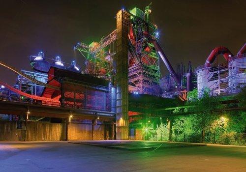 Acrylglasbild Rolf Fischer - Landschaftspark Duisburg - 100 x 70cm - Premiumqualität - Fotokunst, Städte, Duisburg, Industrie Museum, Hüttenwerk, Lichtinstallationen, Abend.. - MADE IN GERMANY - ART-GALERIE-SHOPde