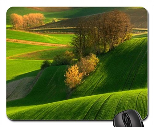 rolling-fields-of-green-in-autumn-mouse-pad-mousepad-fields-mouse-pad