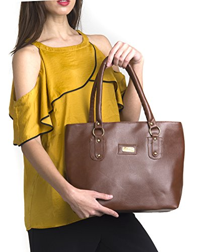 Dakshinkala Women\'s Tan Handbag