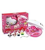 HELLO KITTY CREA GIOIELLI 470387 Descrizione: Con la macchina crea gioielli di Hello Kitty le bambine potranno creare; in modo molto semplice; tante collane e braccialetti tutti colorati. Nel cofanetto; oltre alla macchina crea gioielli; ci s...