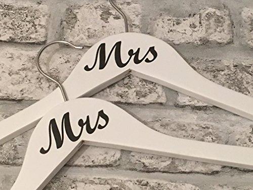 Mrs & Mrs Hochzeit Kleiderbügel (Set von 2) Hochzeit Geschenk Erstellt von cleverchic