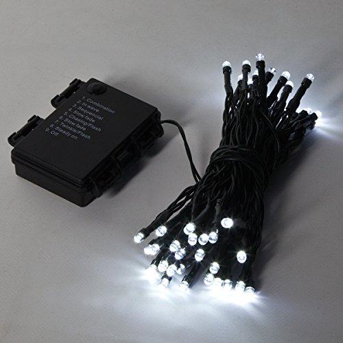Guirlandes Lumineuses 5 Mètres 50 LEDs à Piles Intérieur/Extérieur - Couleurs et Formes au Choix - Minuterie/Timer Intégré par Festive Lights (Blanc, Classique)