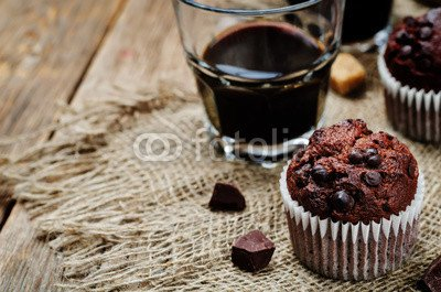 druck-shop24 Wunschmotiv: chocolate chips, chocolate muffin and coffee #116955366 - Bild hinter Acrylglas - 3:2-60 x 40 cm/40 x 60 cm (Chocolate Chip Muffins)