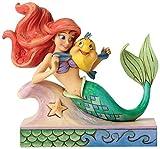 Enesco Disney Tradition By Jim Shore La Sirenetta Ariel e Il Suo Amico, Pvc, Multicolore, 10x13x13 cm