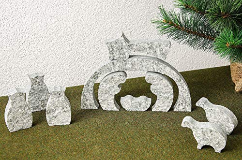 Presepe natalizio in Pietra di Luserna composto da 9 pezzi