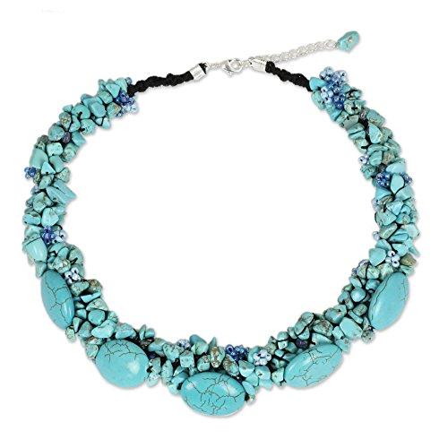 novica-magnesit-gefarbt-und-glas-perlen-handgefertigt-halskette-gusch-438-cm-mit-verstellbarem-exten