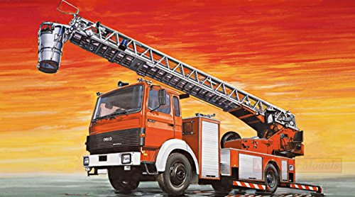 Italeri IT3784 Fire Ladder Truck IVECO MAGIRUS KIT 1:24 MODELLINO Model kompatibel mit (Ladder Fire Truck Spielzeug)