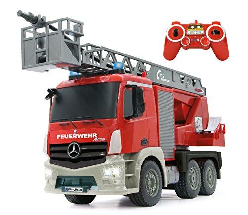 feuerwehrauto Jamara 404960 - Feuerwehr Drehleiter 1:20 Mercedes Antos 2,4G – deutsche Sirene mit blauen LED Signallichtern, 420 ml Wasserbehälter, reale Spritzfunktion, programmierbare Funktionen, 4 Radantrieb