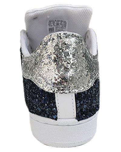 Superstar Con Aplicación De Tela Azul Brillo Y Glitter Plata Blanca