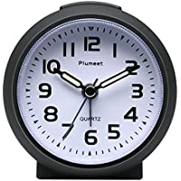 Plumeet Small Clock, Non Ticking Travel Alarm Clock with Snooze and Nightlight, Cute Colour for Kids, Ascending Sound Alarm, Easy to Set, Handheld Sized, Battery Powered (Black)