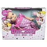 Luvabella 6047317 - Newborn, interaktive Baby Puppe (43 cm) mit blonden Haaren, realistischer Mimik und Bewegungen, Zubehör