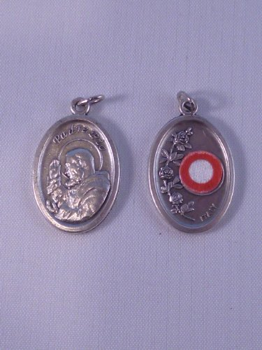 st-pio-medal-with-relic