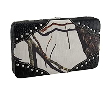 Mossy Oak Camouflage Canvas Studded Western Style Wallet (Black) 0