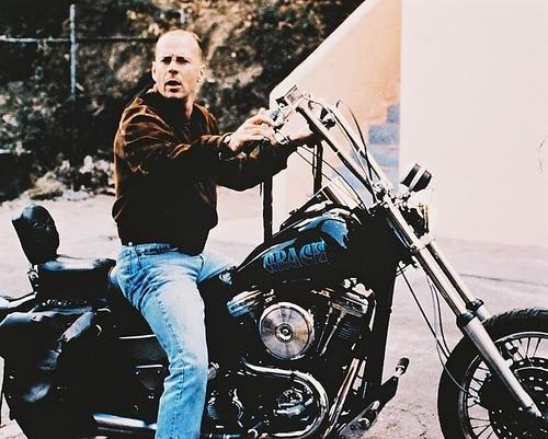 Moviestore Bruce Willis als Butch Coolidge in Pulp Fiction 36x28cm Farbfoto (Coolidge Foto)