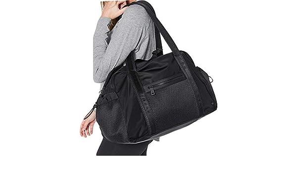 d1690774b6b Lululemon Gym to Win Duffel Bag (Black): Amazon.co.uk: Sports & Outdoors