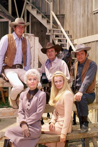 The Big Valley Poster, Barbara Stanwyck Lee Majors Linda Evans